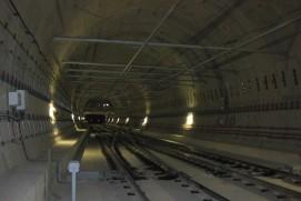 Vista de un tramo de doble vía del túnel de la L9